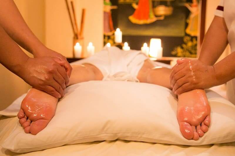 full body relax massage in a massage centre in Islamabad