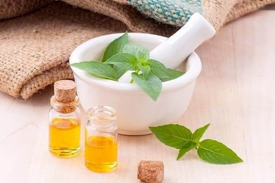 aroma massage setup with oil and herbs at massage centre in Islamabad